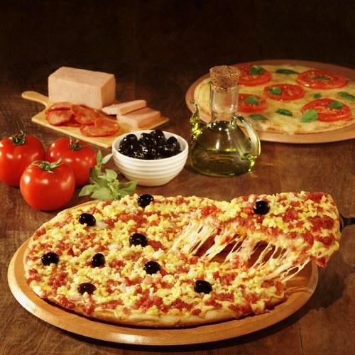 pizza con aceitunas negras